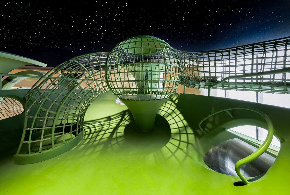 worldarchitecture.org - WA Contents - Children's entertainment area by Mind Design mimics green jungle with curvy climbing net in Ningxia